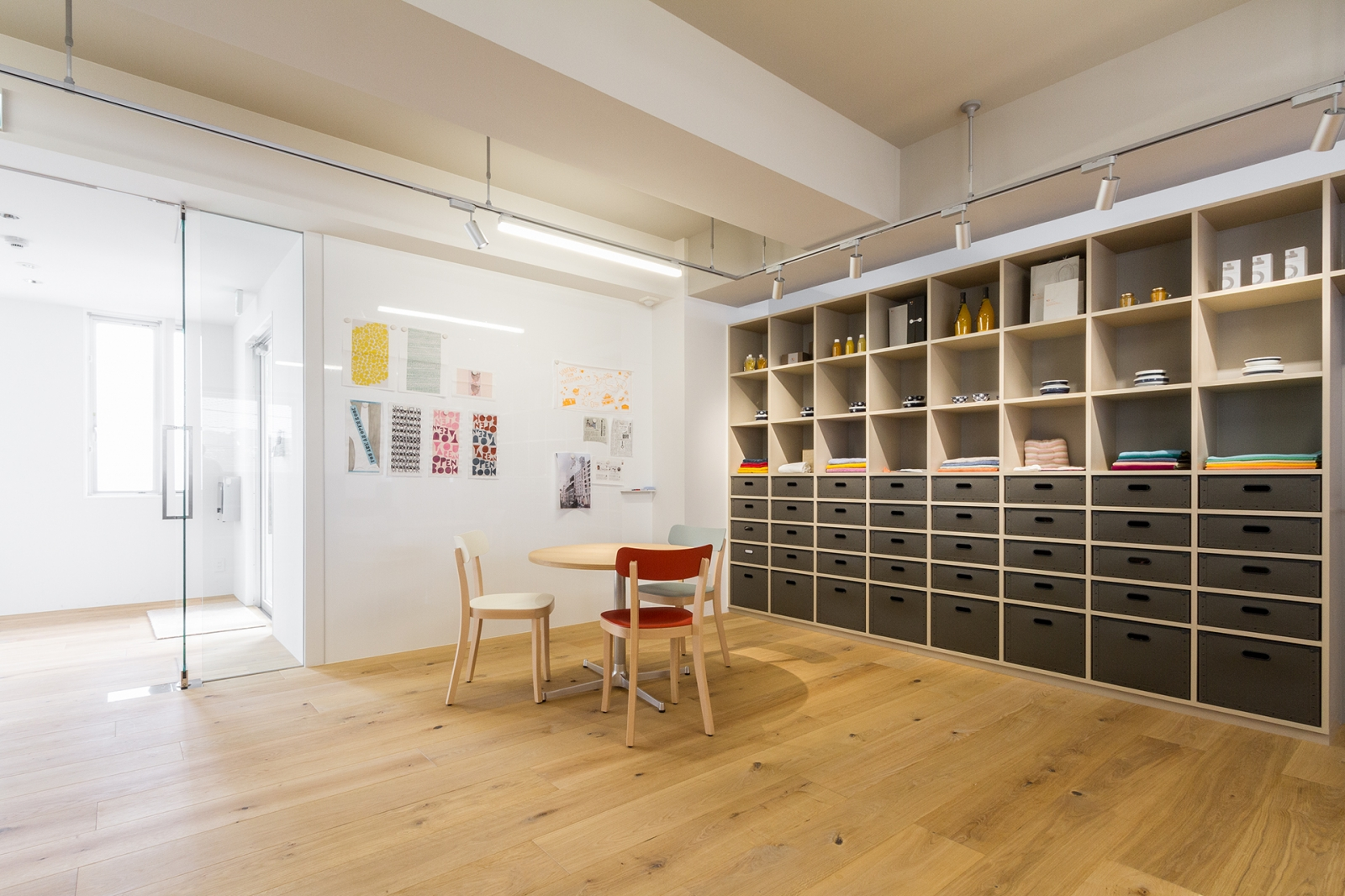 eight one co., ltd. Office-image2